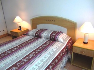 Rose Garden2ベッドルームのメインベッドルーム