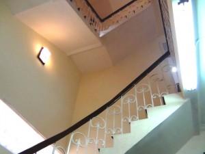 緩やかな階段