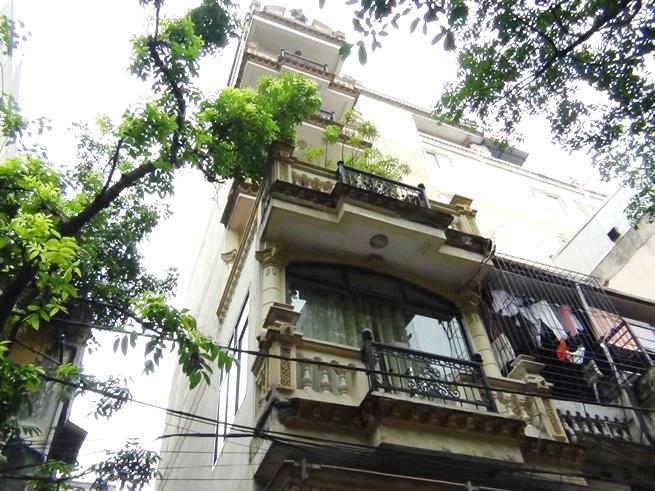 「33 Trieu Viet Vuong通り」建物の全容です