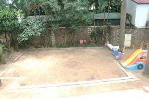 園児が遊ぶ砂場です「綺麗に維持されています」