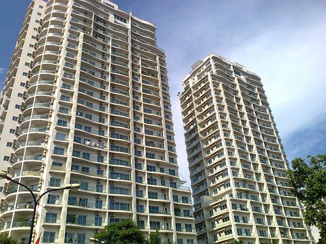 タイ湖南岸の「Golden Westlake」の最大の特徴は「都心近くの便利な立地」