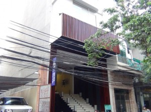 「東屋ハノイ」は日本人街のBui Thi Xuan通りに位置します