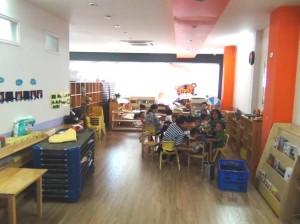 教室はすっきりと整理されていますね