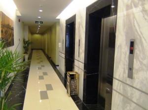 廊下エレベターホール