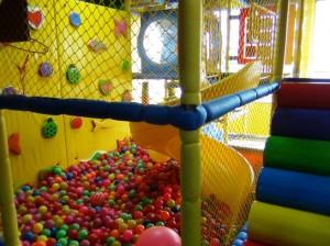 屋上の遊戯スペース