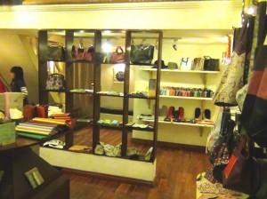 NAGUの店内の風景
