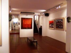 「Viet Fine Arts」画廊の中の風景