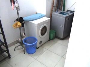 1階部分の選洗濯機と乾燥機「自由に使ってもOK」