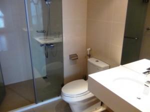 洗面とシャワールーム