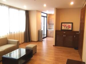 3種類有る1ベッドルームのMiddleタイプ「全室開口部の広い窓が付く明るい設計です」