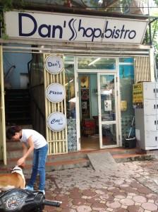 日本食材専門店「Dan's Shop」【91 Linh Lang;04-6294-8891】