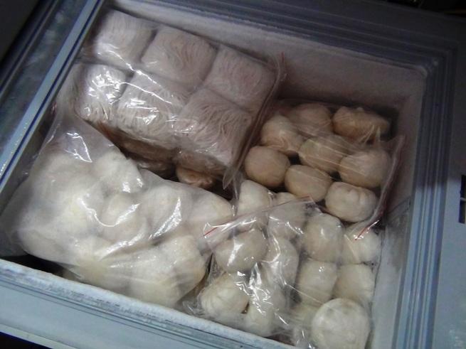 小籠包も最近始めました。うどんも自家製です。