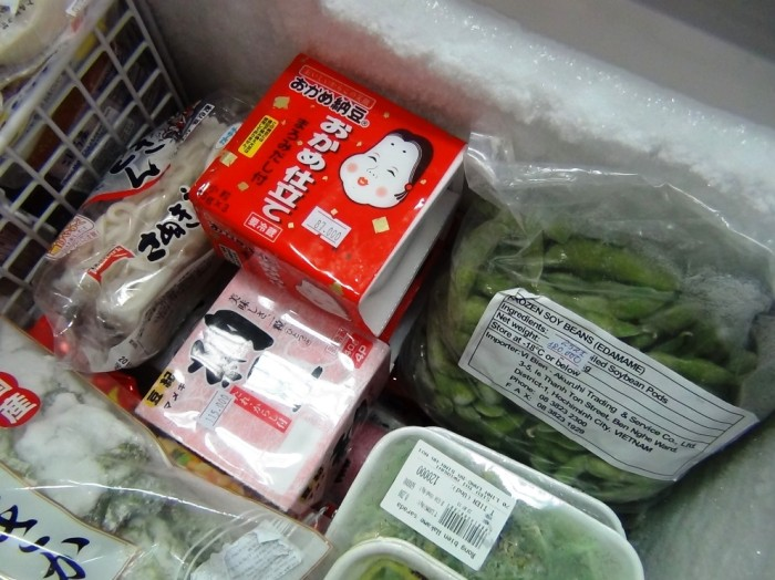 もちろん納豆、これがなければ日本食材店とは言えません