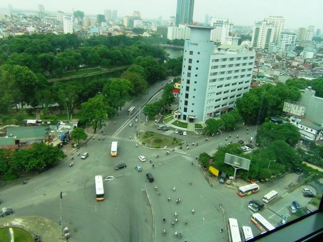 16階の眼下に広がる風景「V-TOWERが直ぐそこです」