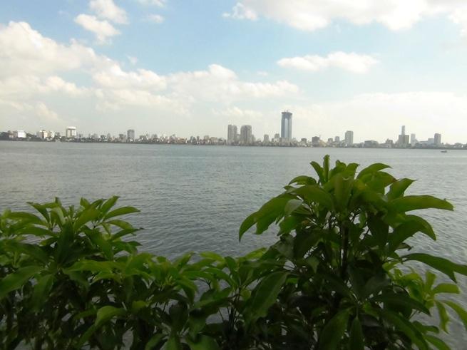 このタイ湖の眺めは家賃にすればいくら分になるのでしょうか
