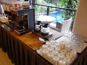 コーヒーはベトナムコーヒーではなく何時も日本で飲んでいた味です