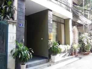 アパート前の道「Kim Ma通りから一本入ったエリアですのでとても静かです」