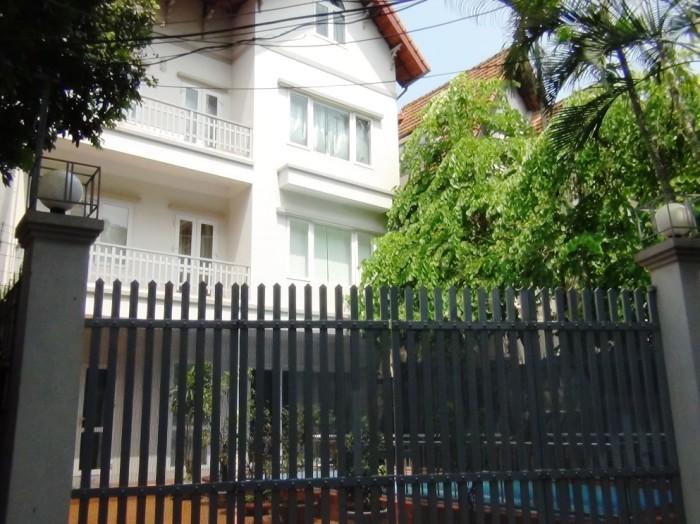 「To Ngoc Van通り」界隈にある大使館員が住むvilla3