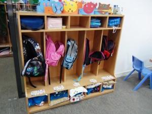 3歳児の教室「お昼寝セットは自分で敷いて自分で畳んでしまいます」