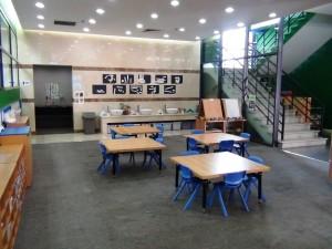 小学校低学年さんの学習スペース