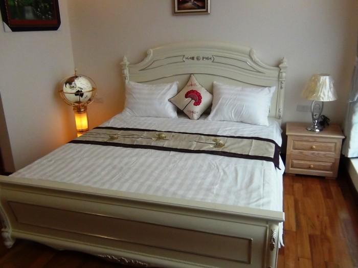 ペントハウスのメインベッドルーム