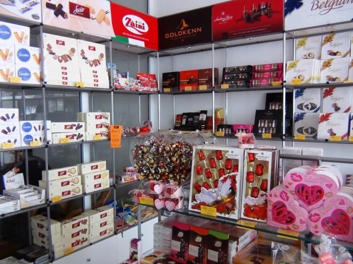 タイ湖東岸「Xuan Dieu通り」に2013年Openしたチョレート専門店
