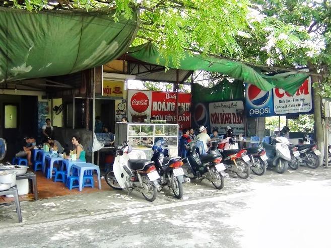 Xuan Dieu通りにあるローカル店