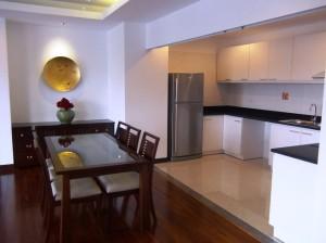 3ベッドルームのキッチン&ダイニングスペース