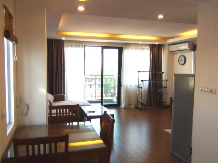 明るい上層階の部屋「リーズナブルで明るい部屋となるとこういうお部屋になります」