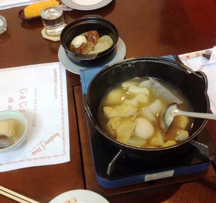 「じぇじぇもん」の常連さんにだけこっそり出してくれる関東炊きのお鍋