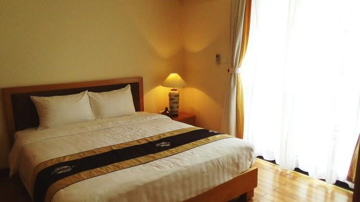 301_ベッドルーム