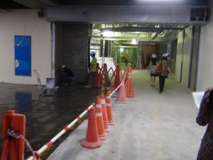 館内は急ピッチで工事が進んでいます。