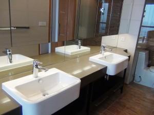 こういう洗面スペースが2箇所あります