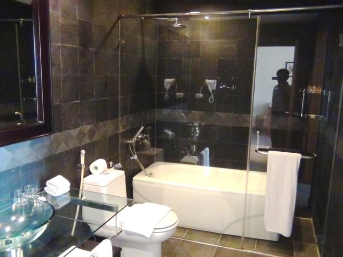 17階の1ベッドルームのシャワーブース「バスタブは後で取り付け可能です」