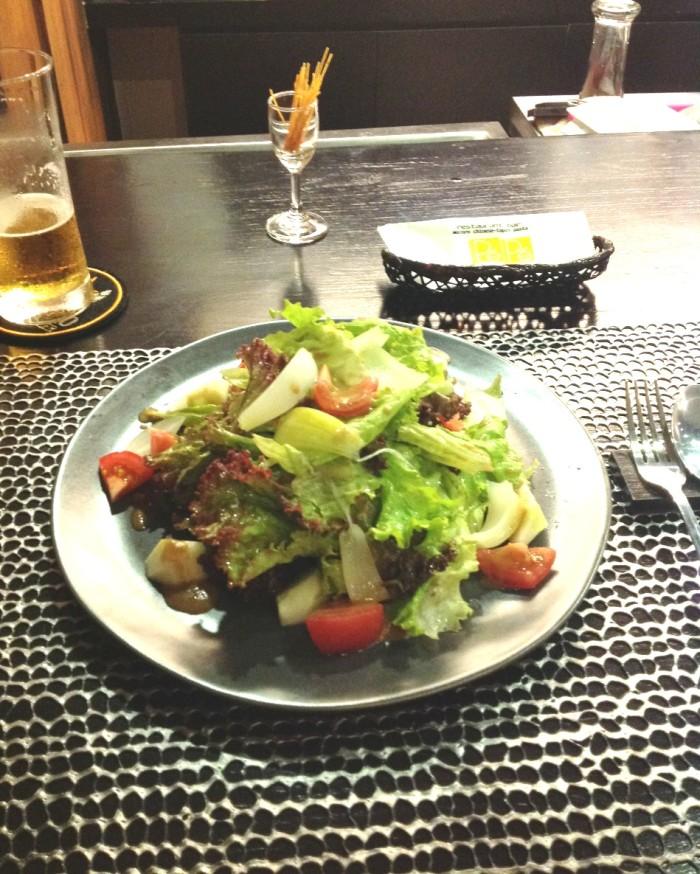 定番野菜サラダ「あっさりと歯ごたえがあり美味かったです」