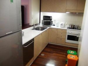 対面式(カウンター)キッチン「食洗機が標準でキッチンシンクも大きめです」