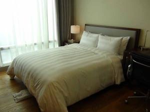 ベッドルームの仕様「1bedでも高級感漂うベッドを使用しています」