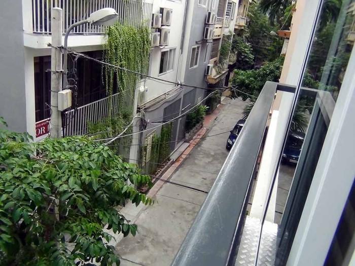 Kim Ma通りから奥に入った閑静な住宅地にあります