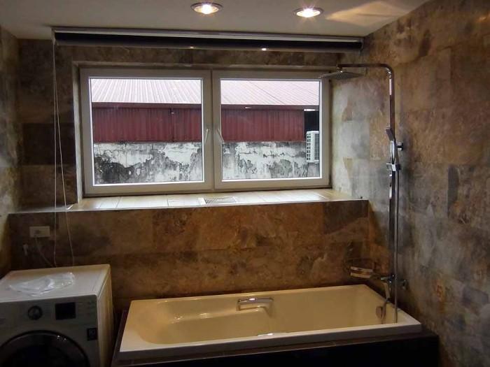 バスルームには力がこもったアパートです