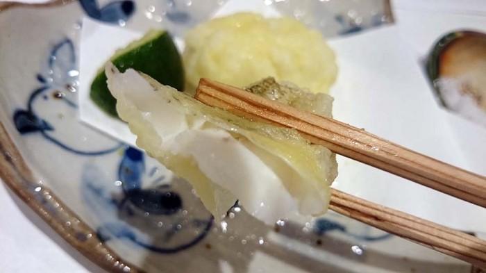 鱧(はも)とキスの天ぷら「中の魚がプリプリでした」
