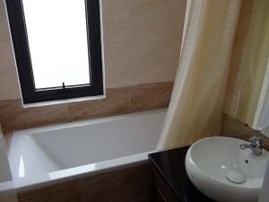 バスルームとトイレはセパレートです(202号)