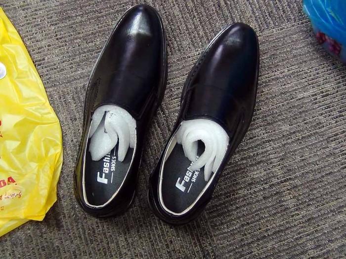 開封したばかりの私のオーダーメイド靴