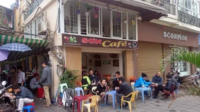 美味しい「Bun Moc」で有名なお店(22A Dien Bien Phu)
