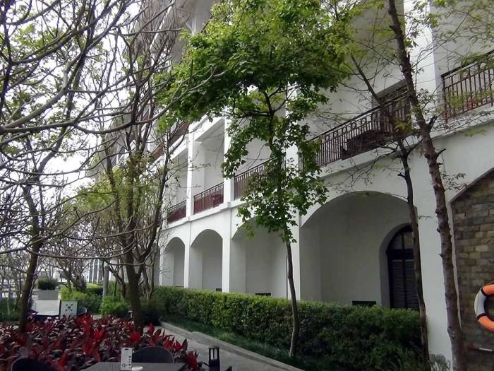 INTERCONTINENTAL HANOI WESTLAKE本館の風景