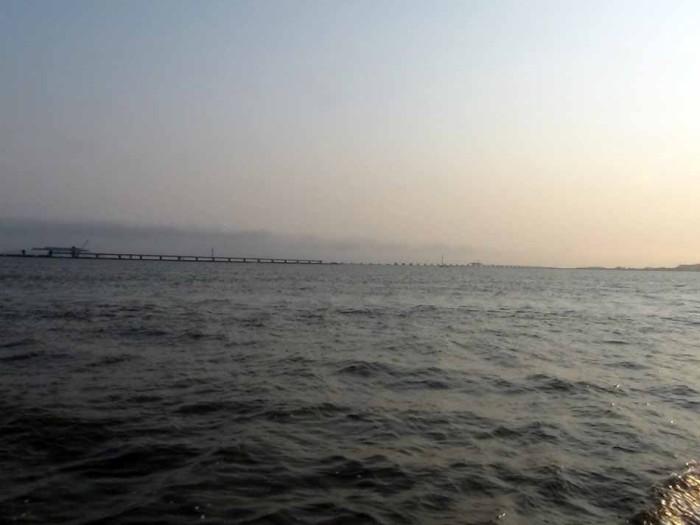 ハイフォンからCat Ba島までの高速艇からみた三井住友建設が手懸ける橋梁