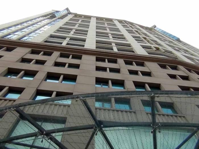 Hoang Thanh Towerの全容