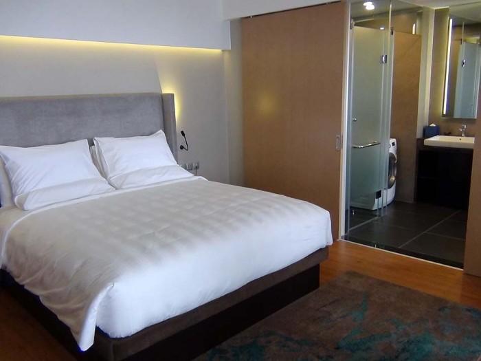 ベッドルームは豪華仕様です
