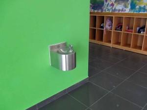 廊下にさりげなく給水ポイントです