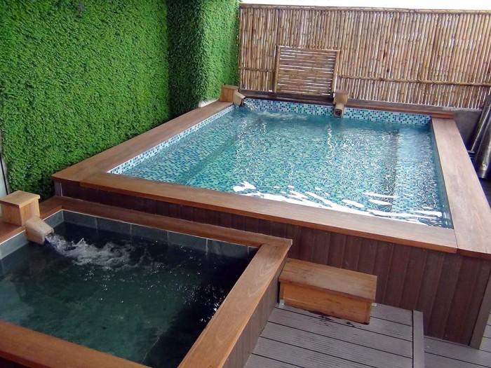 7階屋上の大浴場「水風呂も併設されています」