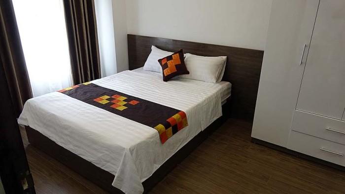 すっきりとしたベッドルーム